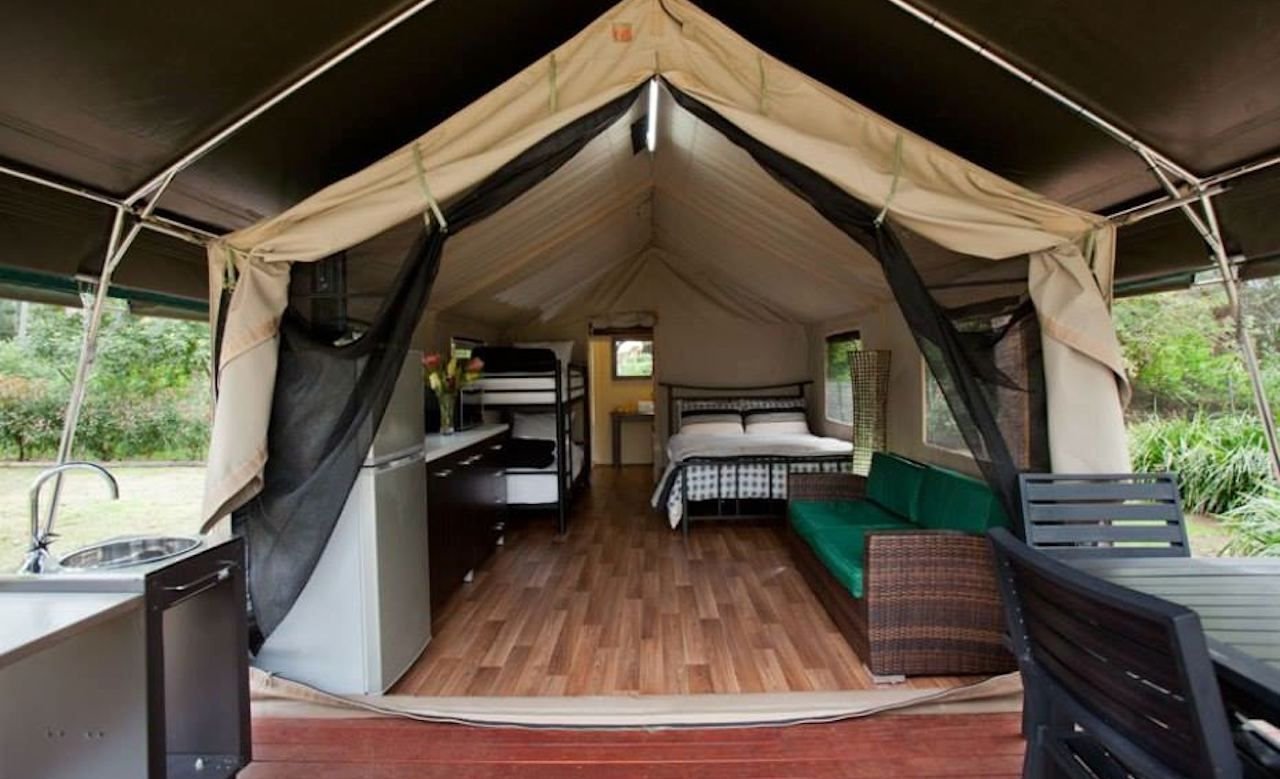 Tandara Luxury Eco tent bedroom //.ecohotel.com.au | Stunning accommodation in NSW from Green Getaways Australia | Pinterest | Tent bedroom & Tandara Luxury Eco tent bedroom http://www.ecohotel.com.au ...