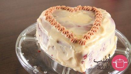 ريد فلفيت كيك أو الكيك الأحمر بتغليفة جبن الكريم Recipe Food Holiday Treats Desserts