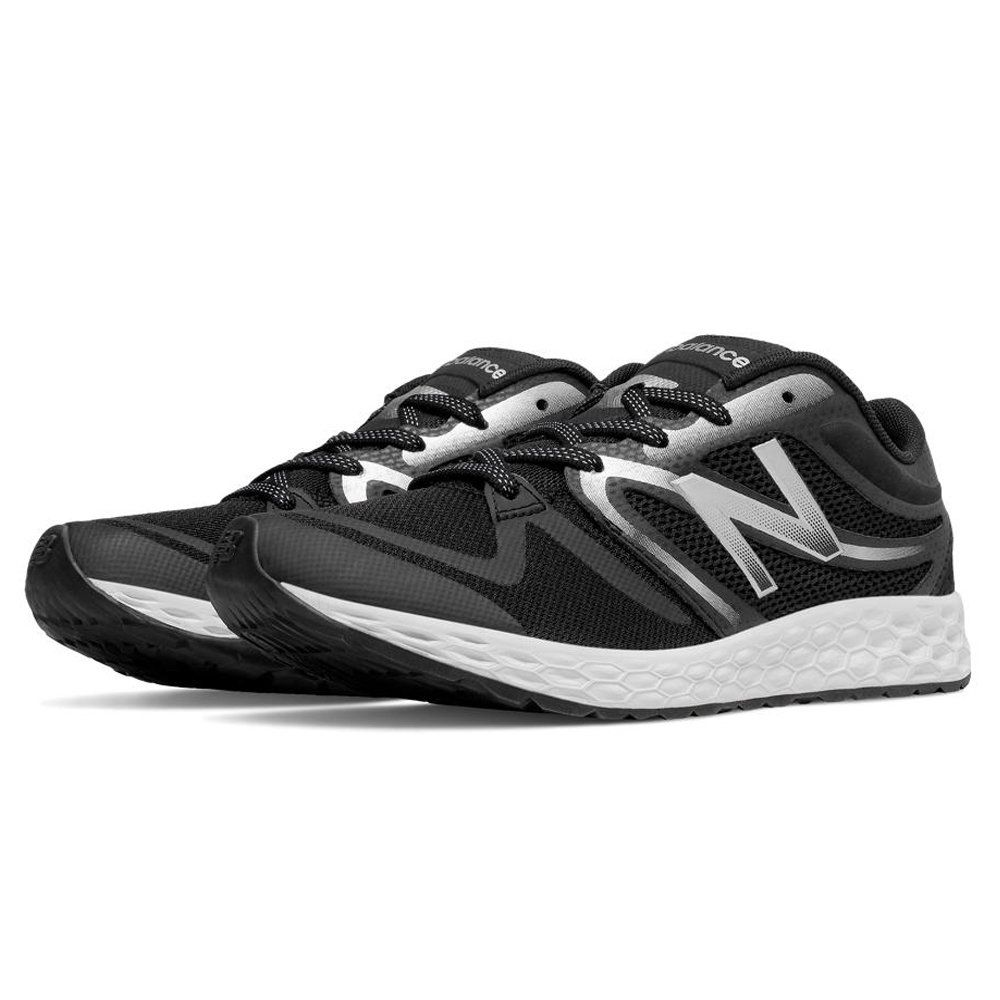 New Balance Women's 822v3 Training Shoe, Black/Silver, 9.5 B US. Fresh foam midsole. No-sew material application.