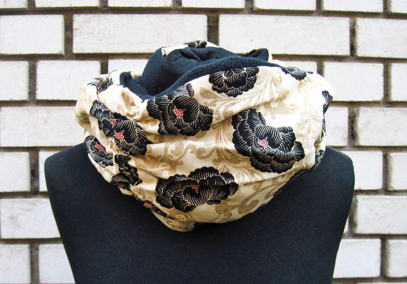 """Winter Loop-Schal """"Asiatischer Garten"""" von JaMaTa auf DaWanda.com"""