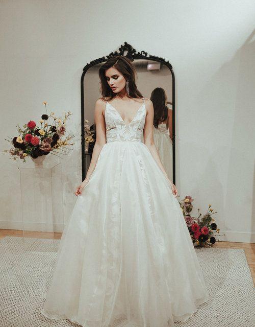 Manhattan Sarah Seven Wedding Dress