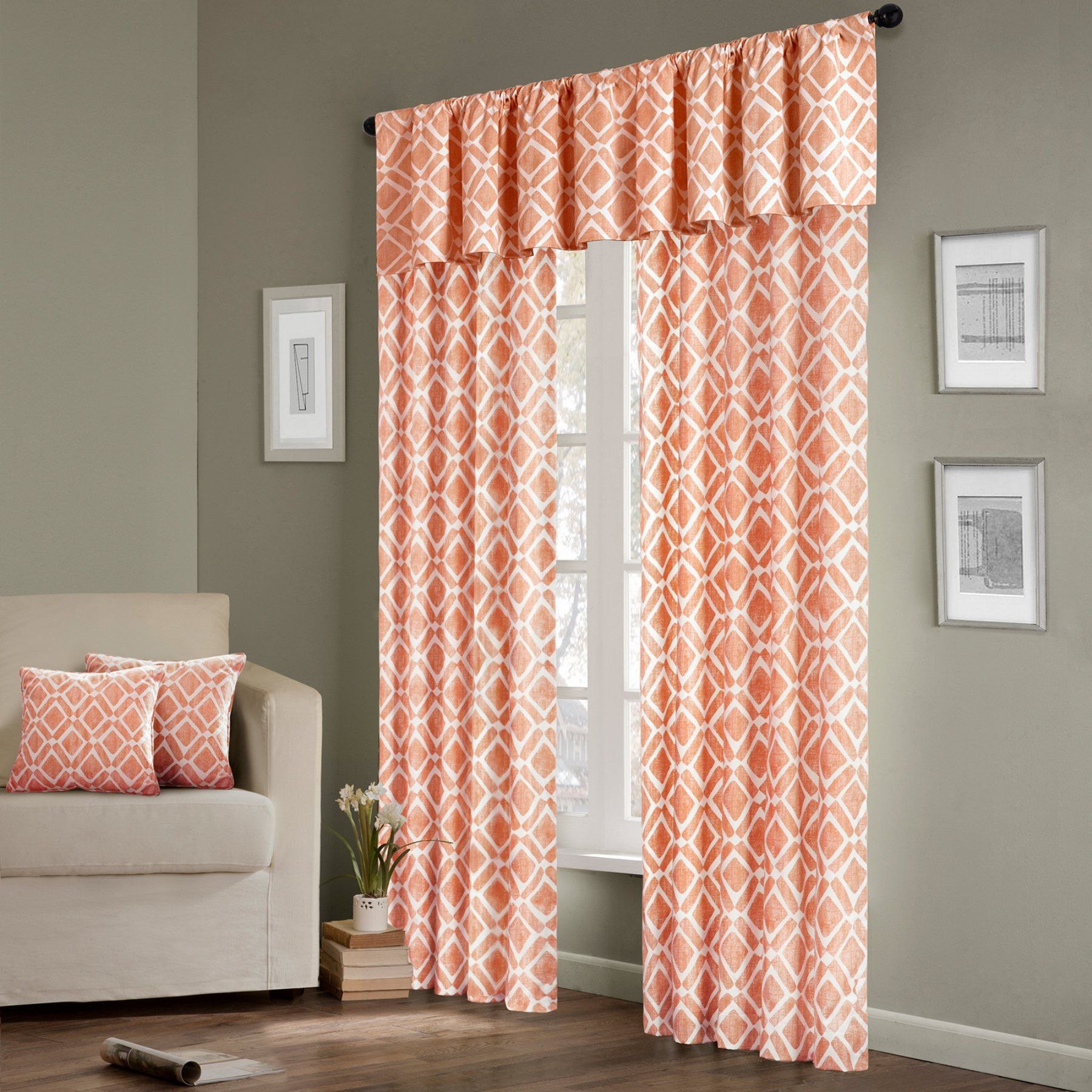 Madison Park Delray Diamond Curtain Panel  Mp40 1303