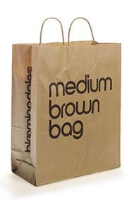 89711886ff7 De bekende tas van Bloomingdale's. Medium Brown Bag, ook te verkrijgen als Little  brown bag and Big brown bag.