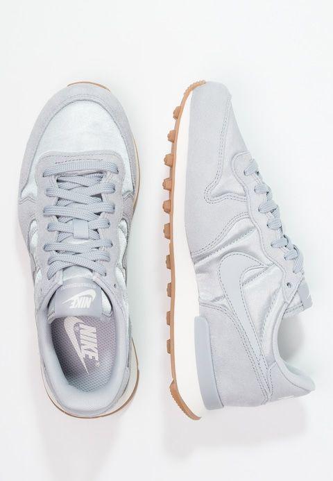 Nike Sportswear INTERNATIONALIST - Trainers - wolf grey/sail/gris loupe XfJcoP8U
