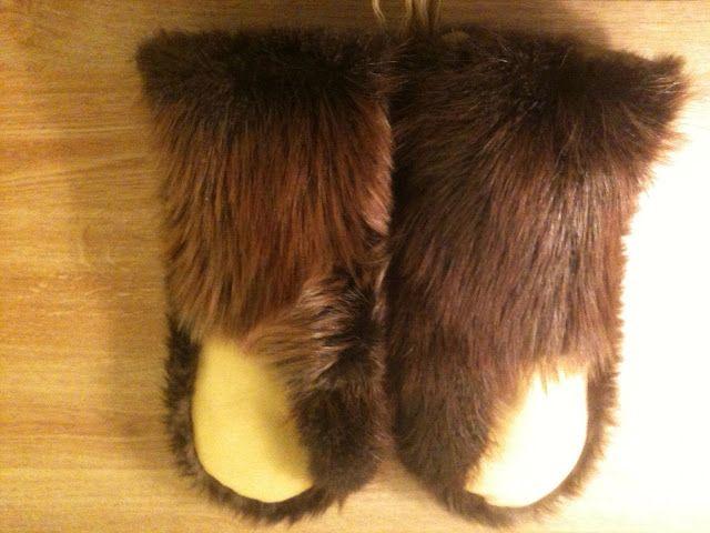 2854b576cfdce DIY Homemade Beaver Mittens | Mittens and Gloves | Craft fur ...