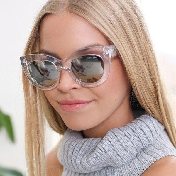 Resultado de imagem para óculos fendi  gatinho inverno 2018 look