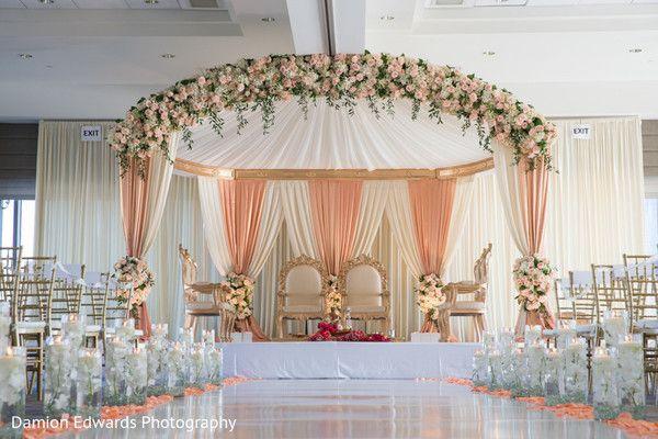 Spectacular indian wedding stage decor httpsmaharaniweddings spectacular indian wedding stage decor httpsmaharaniweddingsgallery junglespirit Images