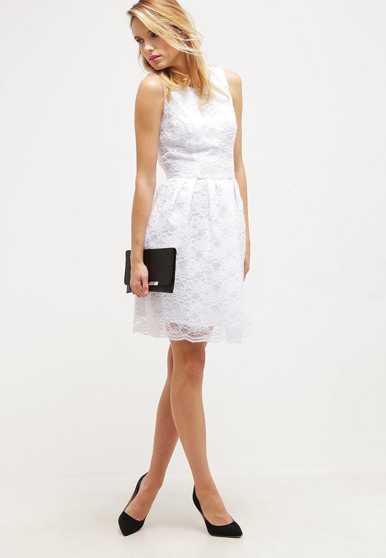 Elegantes Kleid in traumhaftem Weiß. Swing Cocktailkleid ...