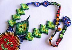 Mexican Huichol Beaded necklace van Aramara op Etsy