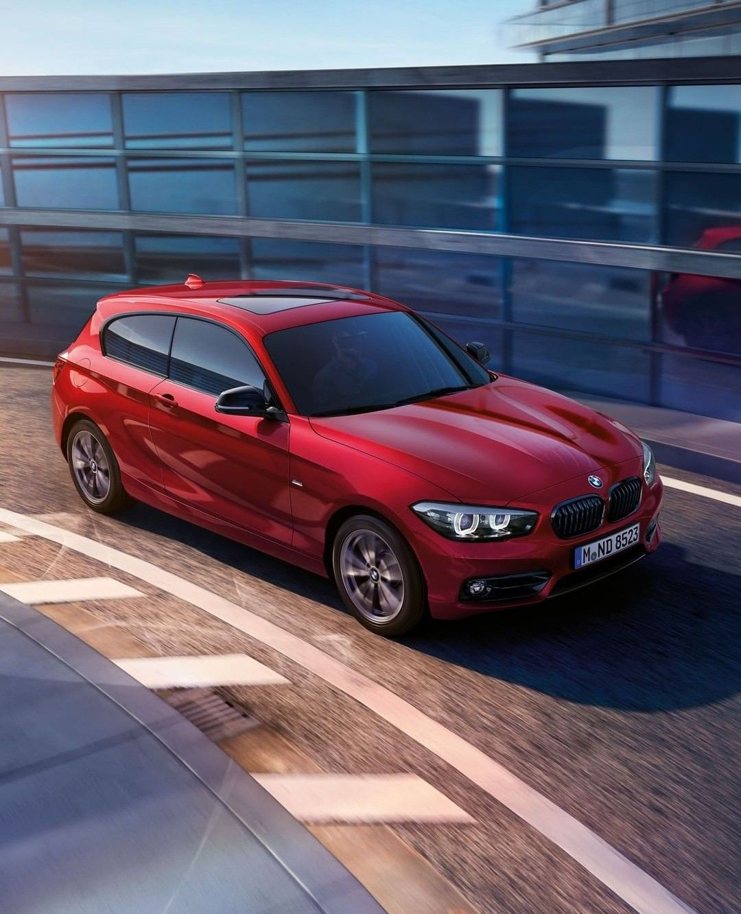 Pin By Blanka Pit On Auto S Bmw Bmw 1 Series Red Car
