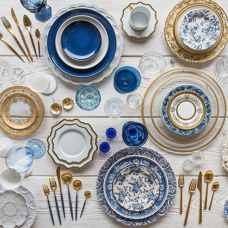 Mesa para dos, gracias. ��@casadeperrin . . . #weddinginspiration  #weddingregistry #weddingdress #blue #bridal #wed #weddingparty #dreamwedding  #dreamwedding #shesaidyes #bride #photographer #photography #weddinginspiration #weddingphotos #wedding #wedding2017 #weddings2017 #boda #bodas #bodas2017 #boda2017 #inspiracion http://gelinshop.com/ipost/1523455986772407838/?code=BUkZyX6gvYe