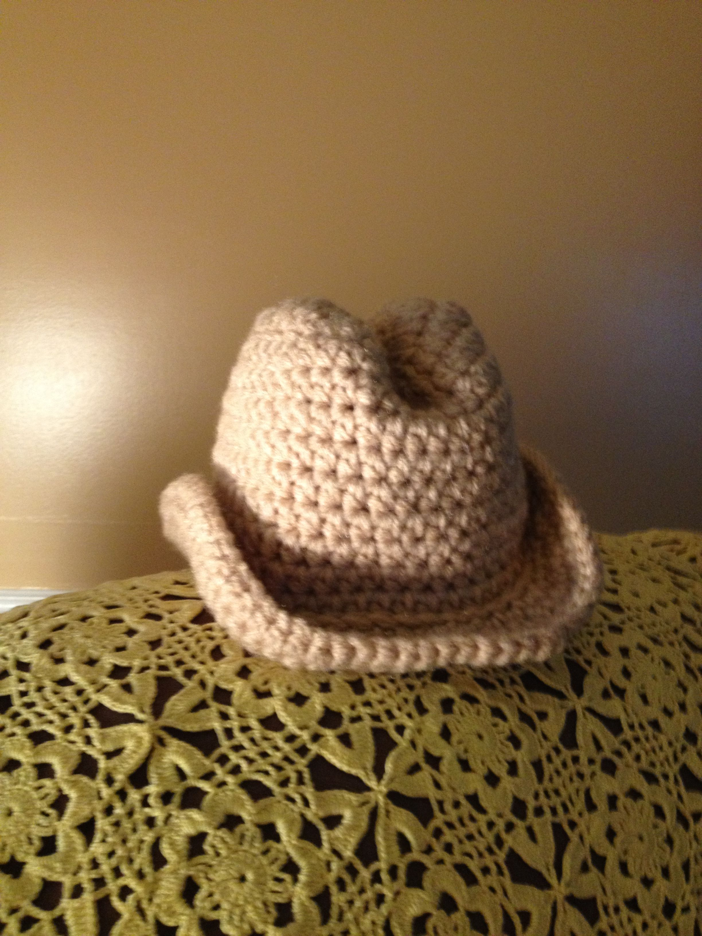 Crochet cowboy hat. Pattern: The Lovely Crow | Crochet world ...