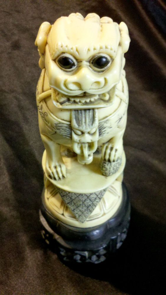 Lovely art from China! RARE ANTIQUE RESIN IVORY COLOR CHINESE FOO
