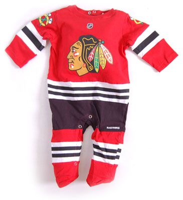 Reebok Chicago Blackhawks Newborn Uniform Onesie Jersey  2bf5d799535