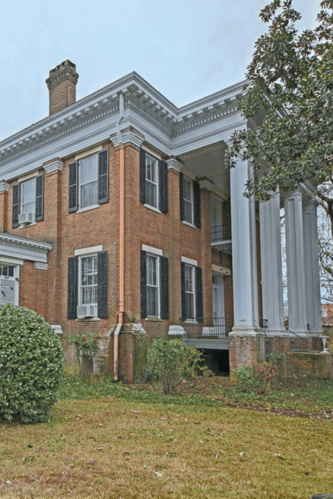 1847 Antebellum For Sale In Columbus Mississippi Captivating Houses Antebellum Homes Abandoned Mansion For Sale Southern Mansions