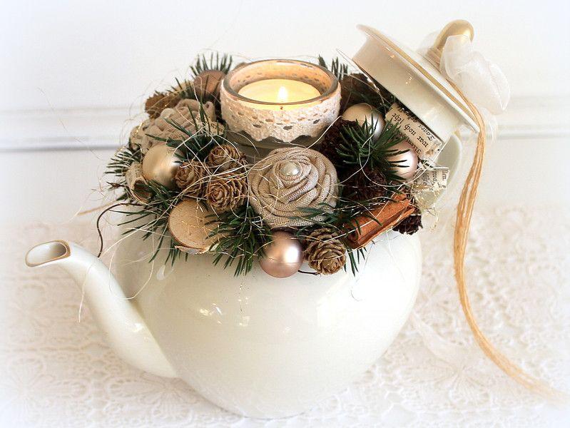 Weihnachtsdeko - Weihnachtliche Vintage-Teekanne - ein Designerstück von faxe64 bei DaWanda #vintageweihnachtendeko