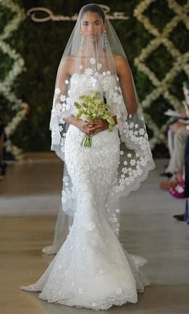 Main Image Oscar De La A Snowflake Liqué Veil In S Only Find This Pin And More On Wedding Dresses