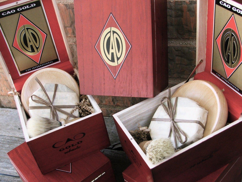 Groomsmen Shaving 4 piece set Wooden Men\'s Shave Set with Cigar Box ...