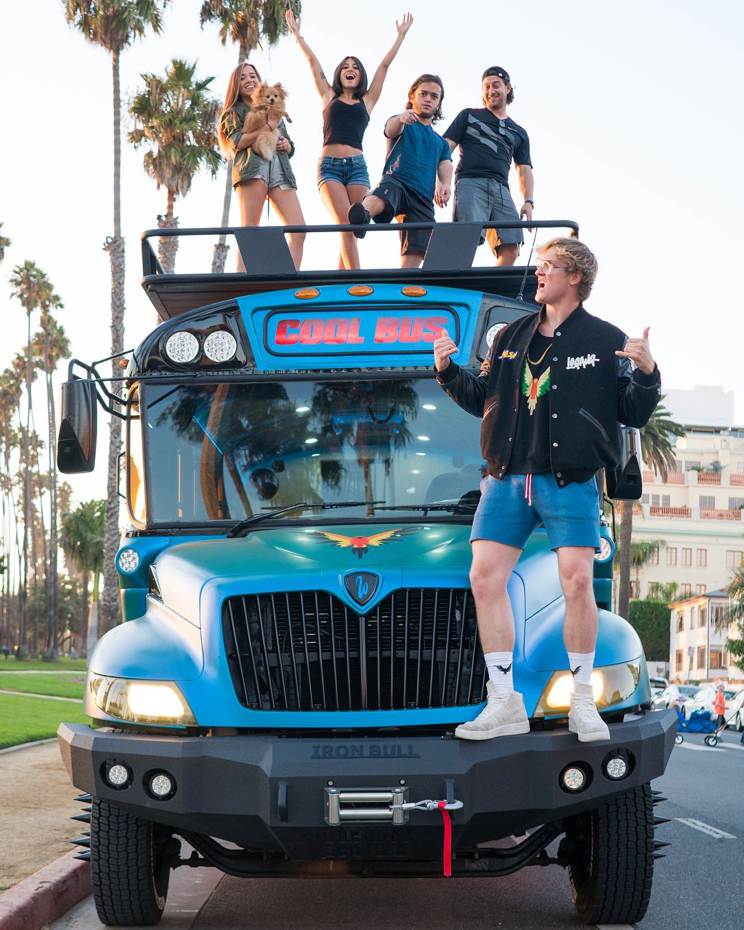 """Cool Bus: IT'S FINISHED!!! Three Months Of Customization And """"The"""