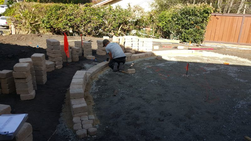 How to build a patio sitting wall building a patio
