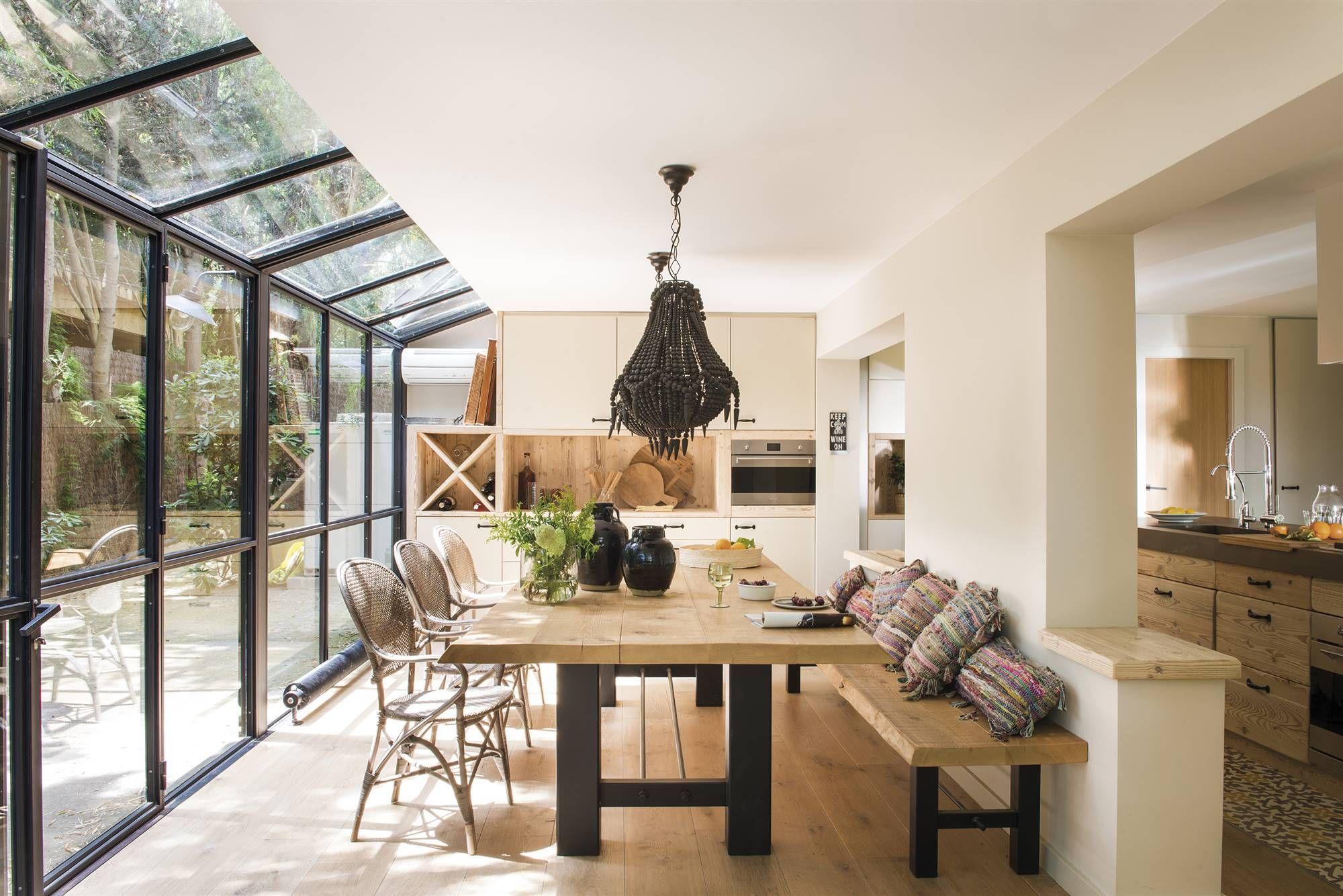 Un impressionnant mur de verre pour une maison rénovée - PLANETE DECO a homes world en 2020 ...