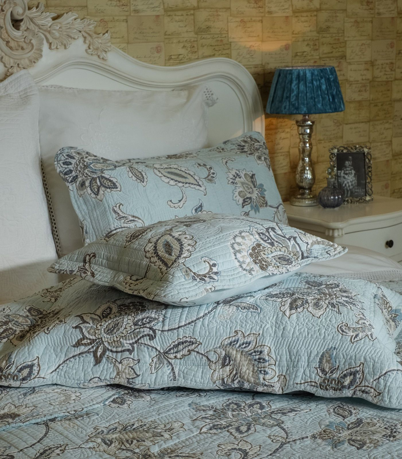 Beautiful Finely Stitched Duck Egg Blue Paisley Quilted Bedspread King Size Quilted Bedspreads Paisley Quilt Duck Egg Blue