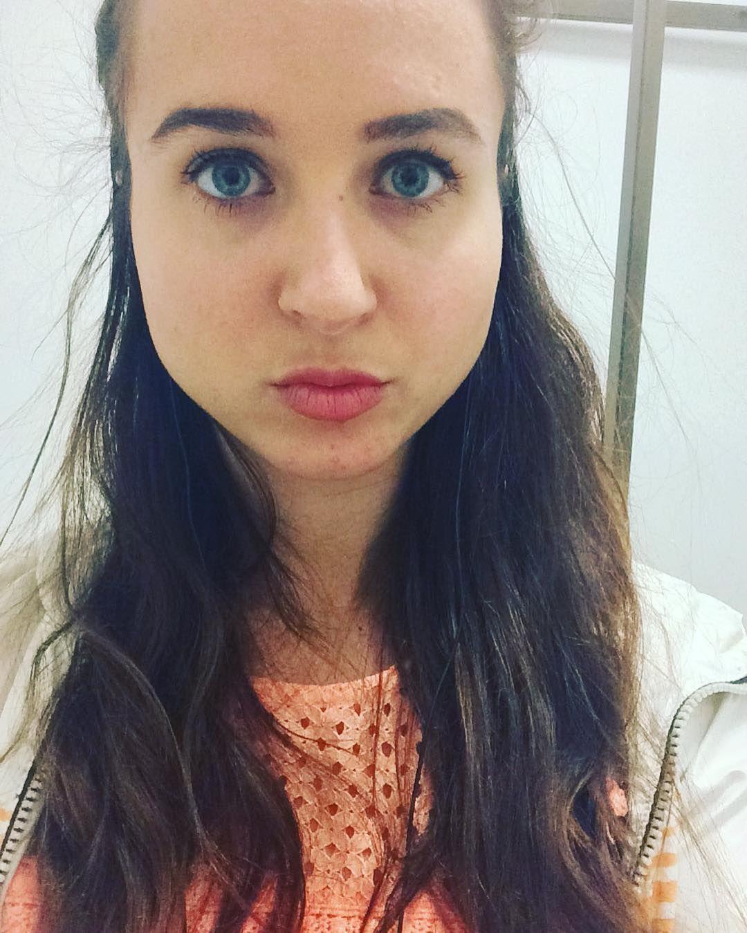 Daily selfie #happy #instagood #me #selfie #love #work #me by odetteisabella