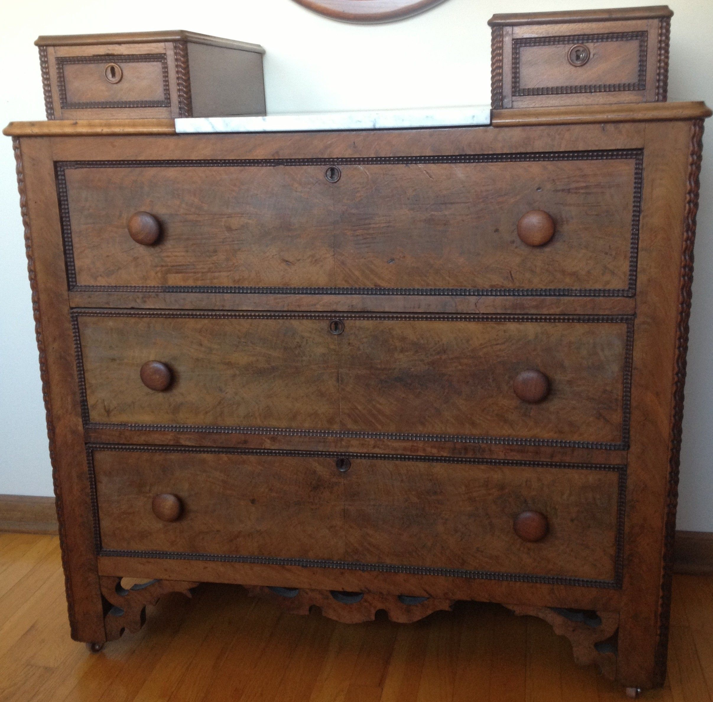 Antique Victorian Dresser Chest $250 Chicago furnishly