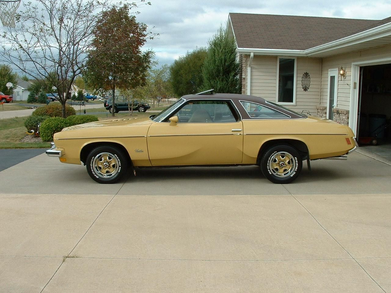 1975 oldsmobile cutlass salon 73rocketship 1973 for 1975 oldsmobile cutlass salon for sale