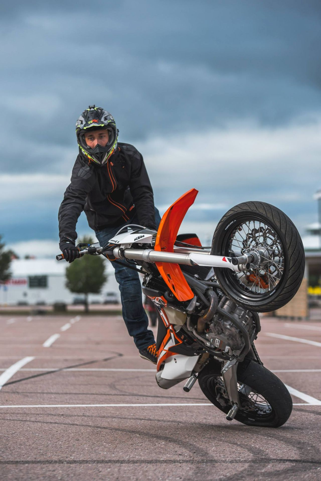 Honda Supermoto Stunt Parts - Exploring Mars