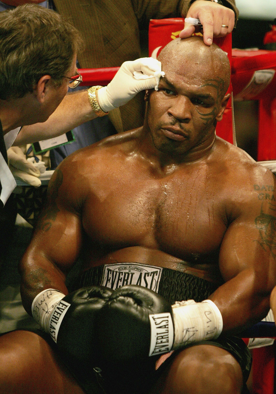 Mike Tyson Iphone Hd Wallpaper 2108x3000 Mike Tyson Boxing Mike Tyson Tyson Fury