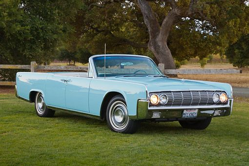 1964 Lincoln Continental Convertible #LINCOLN #AMERICANCARS #CLASSICARS