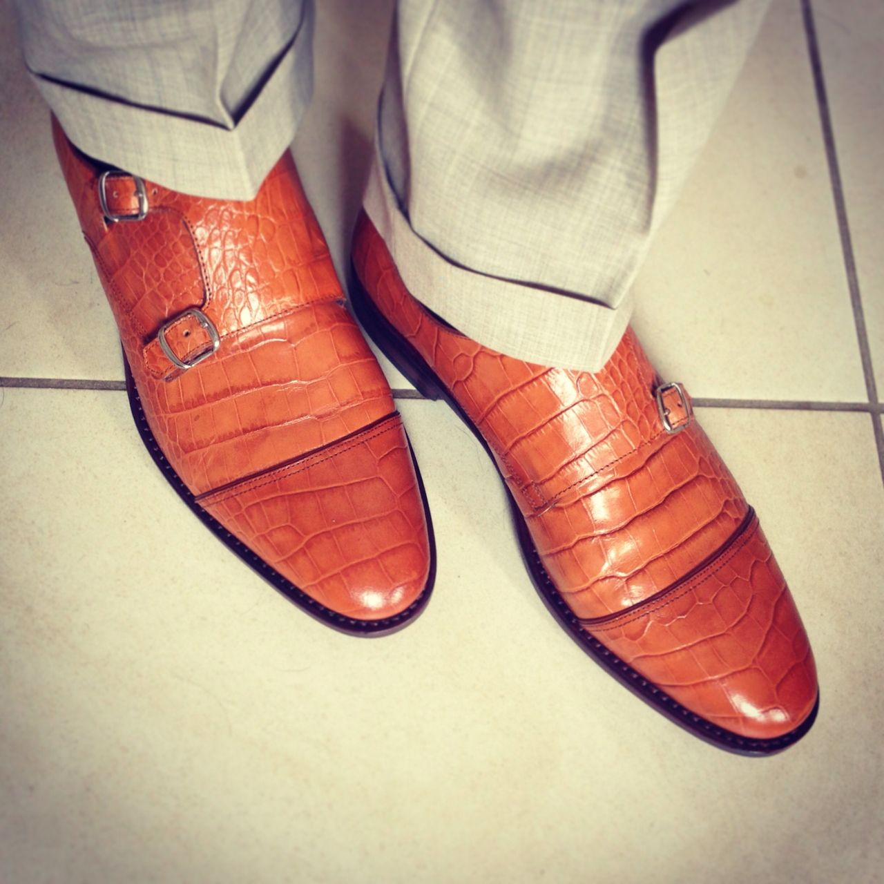 Even a gentleman needs some new shoes from time to time. Just got me these for summer. Handmade doublemonk, goodyear welted, boxcalf in cognac croc. Suit by Ermenegildo Zegna.