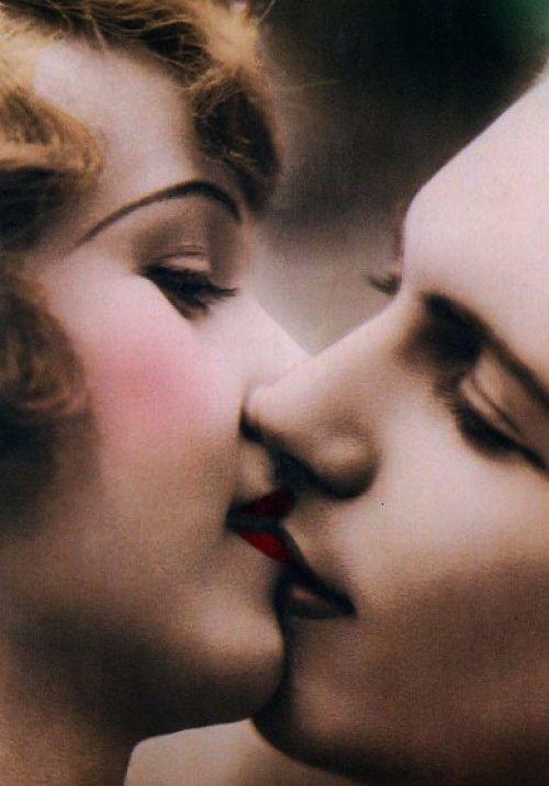 Romance lovers lesbian lovers