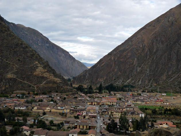 Ollantaytambo (Bolivia)  En route to Machu Picchu, Ollantaytambo preserved, centuries after its founding by the Incas, testimony of the prodigious architecture that civilization. Flickr / Karlnorling