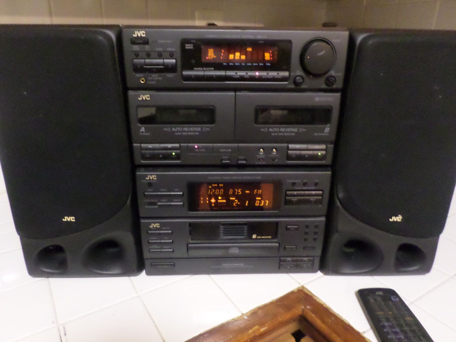Early 1990s JVC Home Stereo System Compact Component MX C5 Perfect Condition With Speakers
