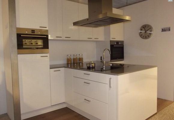 Kookeiland Kleine Keuken : Kleine keuken kookeiland design keuken in garderobe ideen