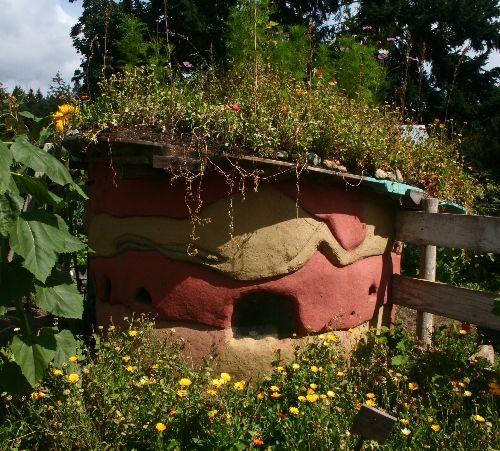 Cob House Building Roof Garden Plants Roof Architecture Natural Building