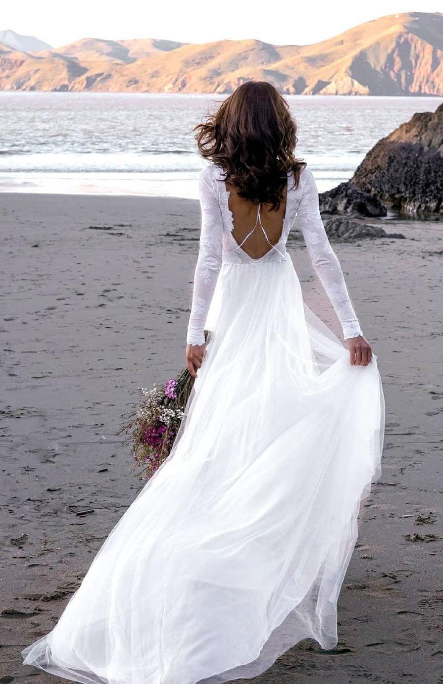 18 Beach Wedding Dresses Perfect For A Destination Wedding, simple ...
