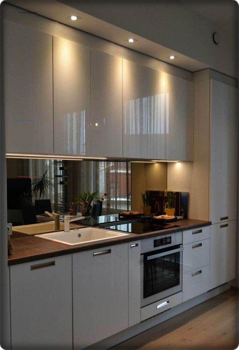 New Modern Kitchen Renovation Styles Small Luxury Kitchen Design With White Wooden Cabinet Smallkitchenorganization In 2020 Keuken Idee Keuken Keukens