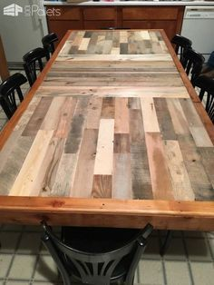 Stunning Pallet Dining Table | Pallet dining table, Pallet ...