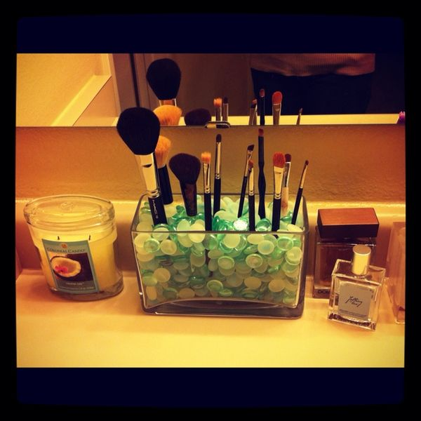 New brush holder inspired by Pinterest! :) http://www.pinterestbest.net/Cheesecake-Factory-Gift-Card