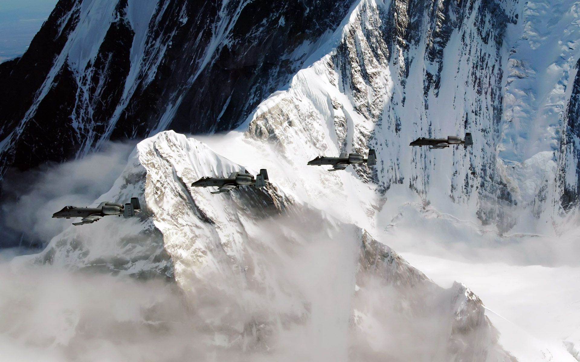 A 10 Thunderbolt Iis Fly Over The Pacific Alaska Military Pictures Fighter Jets Thunderbolt Plane