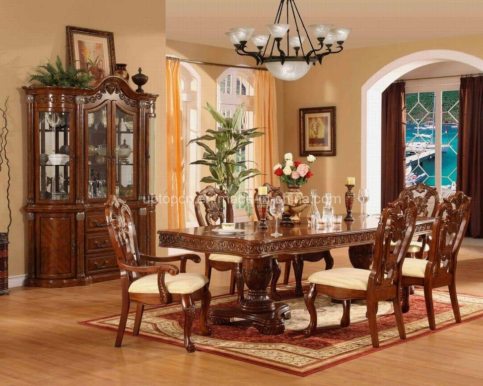 Beautiful dining room tables beautiful home furniture for Beautiful traditional dining rooms