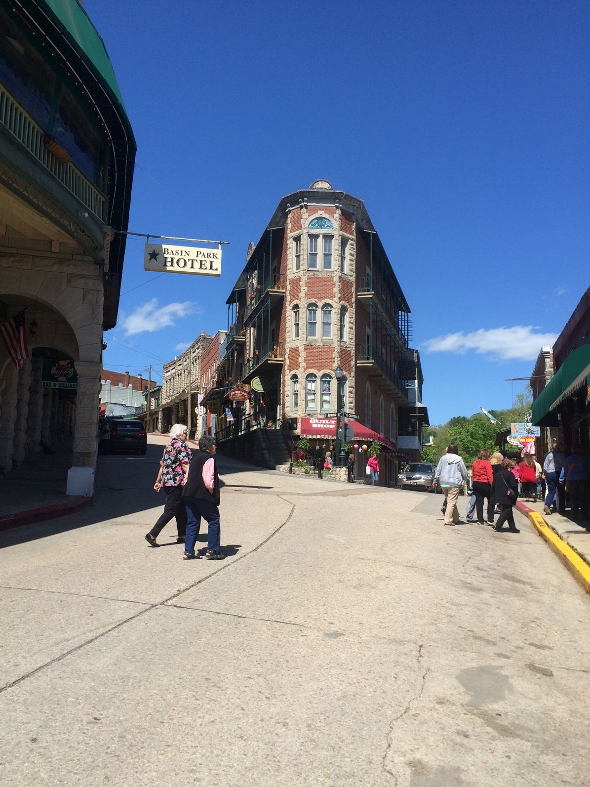Historic Downtown Eureka Springs   Eureka springs ...