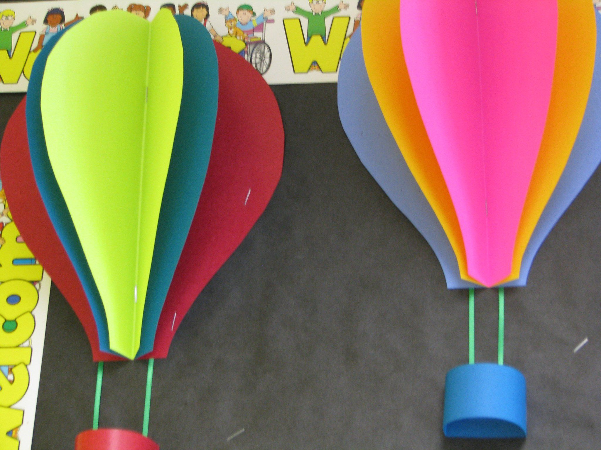 June hot air balloons bulletin boards pinterest on for Balloon decoration book