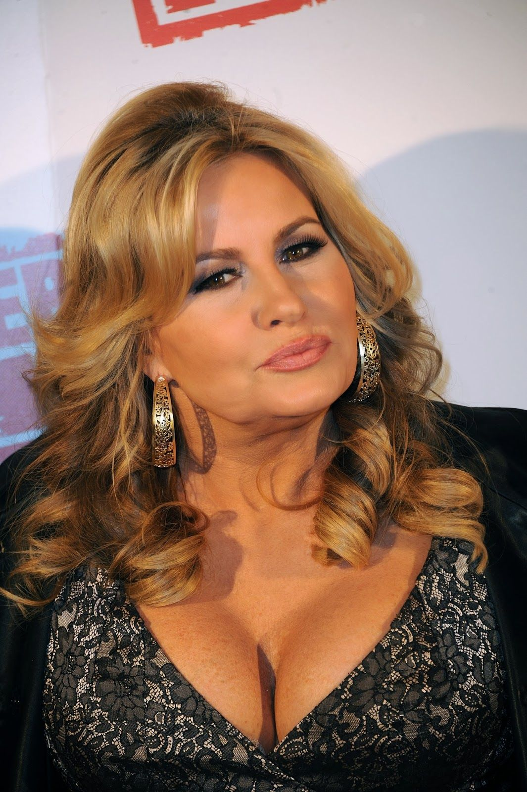 Jennifer Coolidge Nude Photos 87