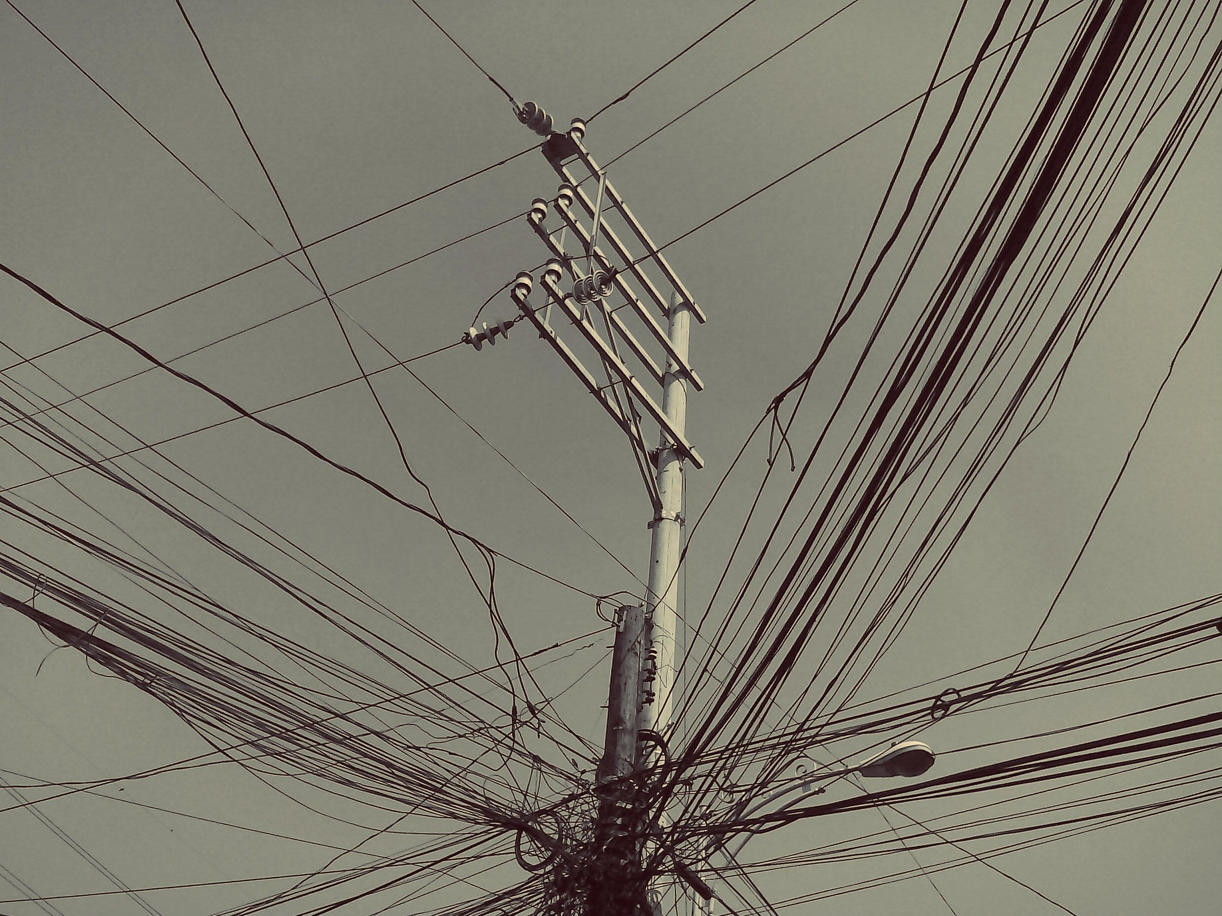 electric post, power lines, photography, tangled