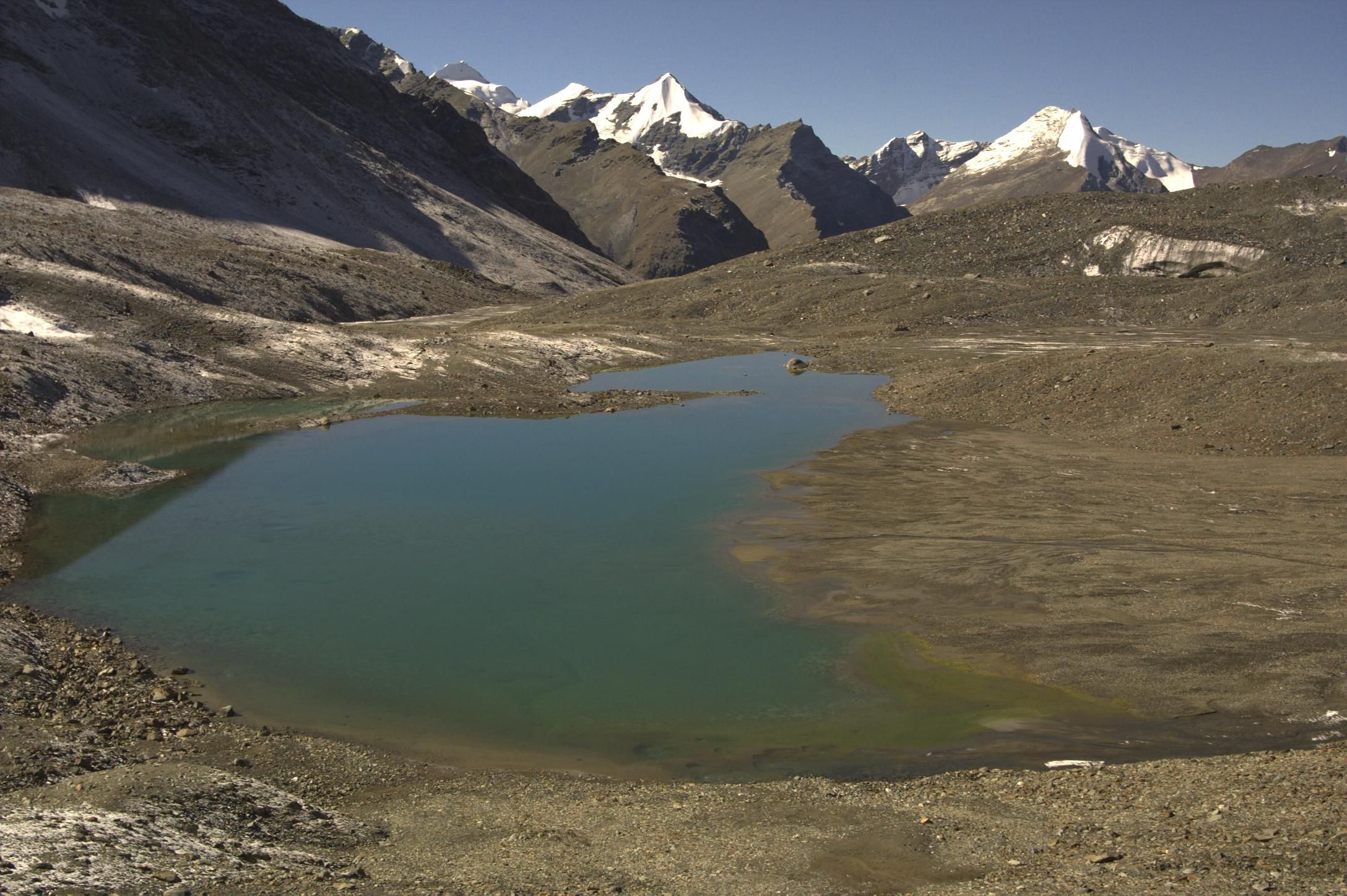Lake on shingo la pass lake natural landmarks north india