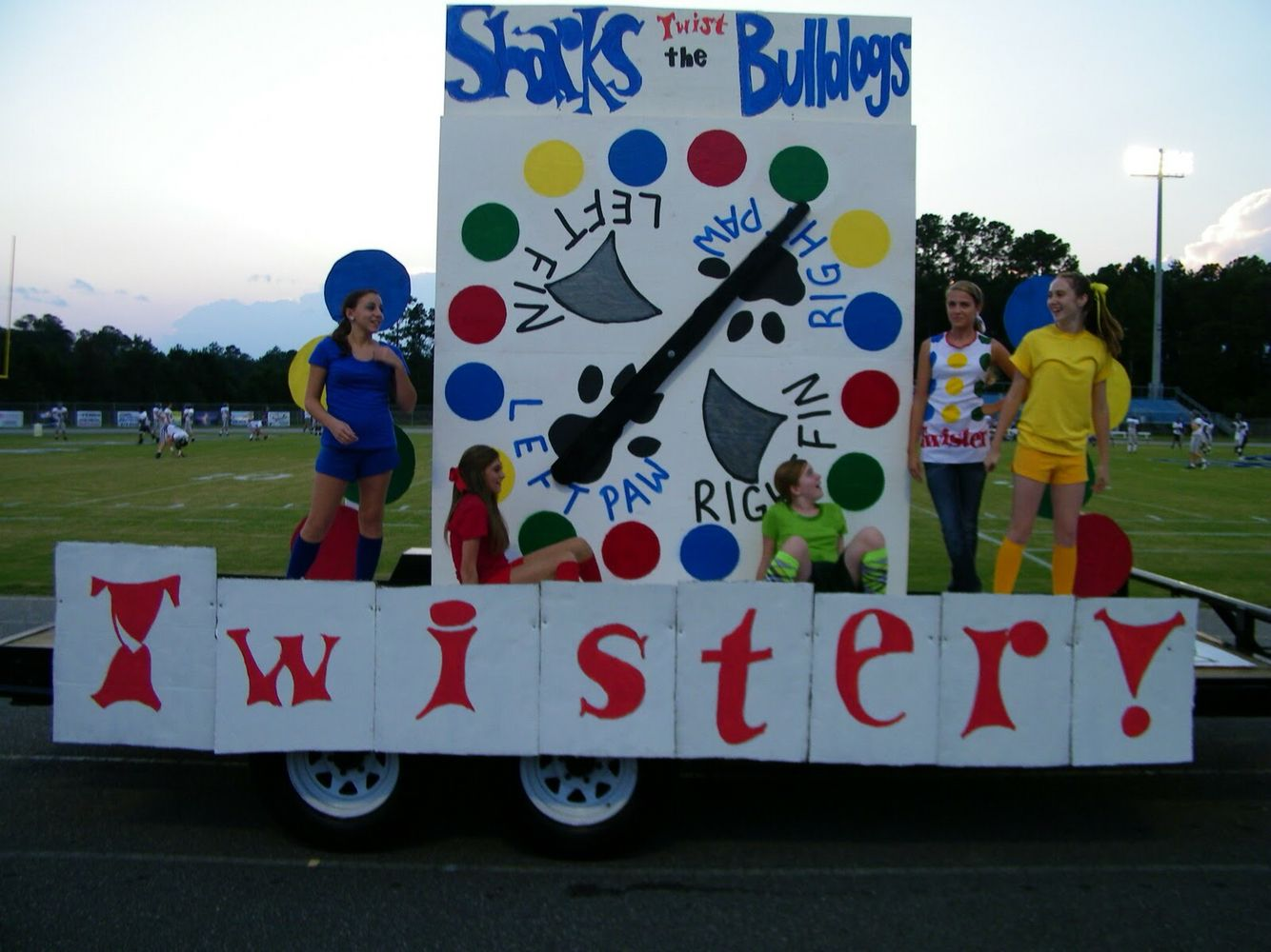 Twister parade float homecoming also hoco examples rh pinterest